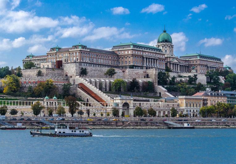 "Результат пошуку зображень за запитом ""королівський палац будапешт"""